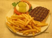 1/2 pound Angus Burger