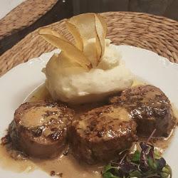 Steak PCB-Boars Head Restaurant Special Filet Medallions